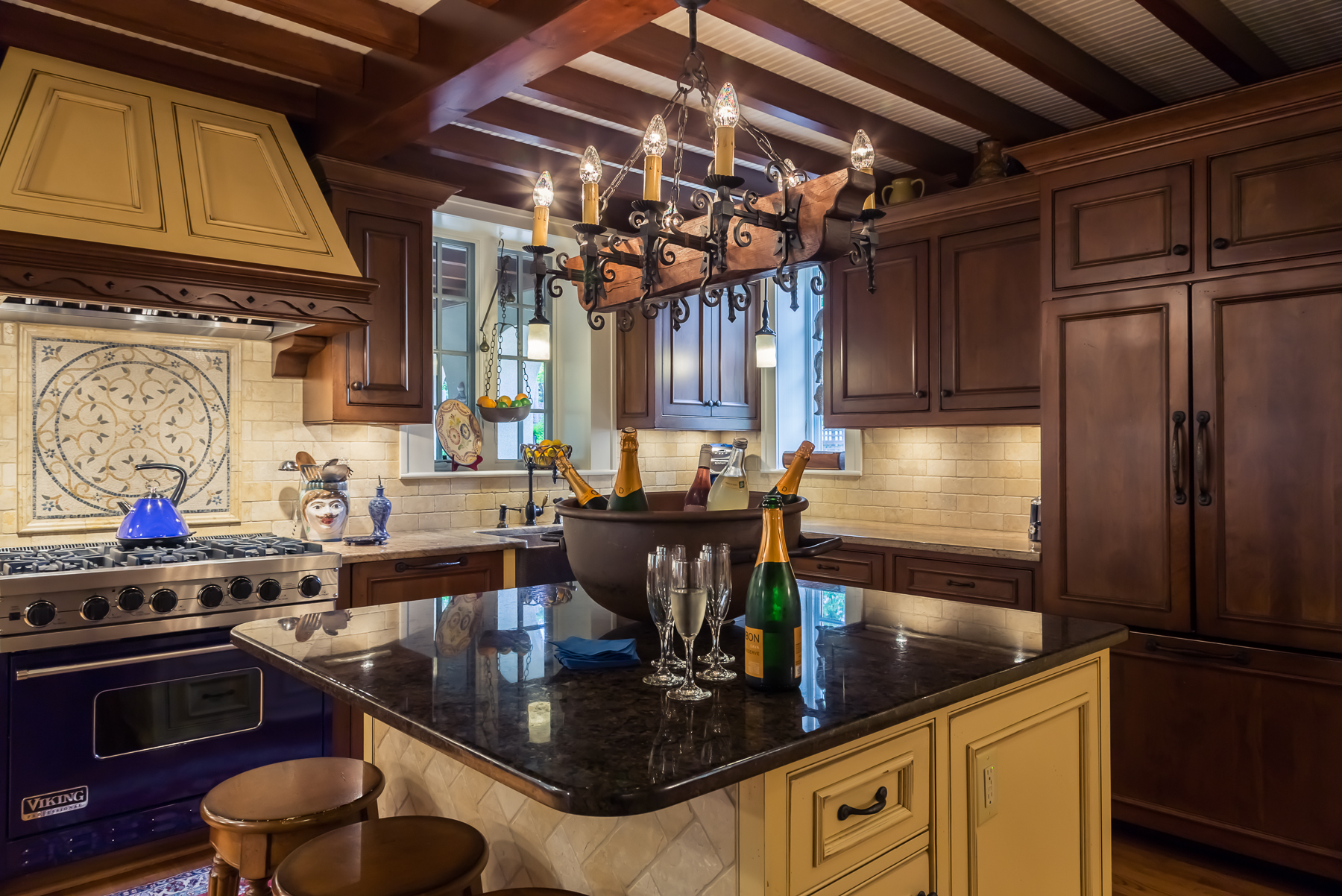 Kitchen design form function interior design raleigh nc for Kitchen design raleigh