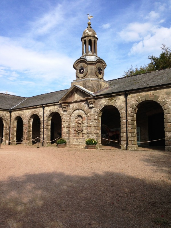 I could live in the stables