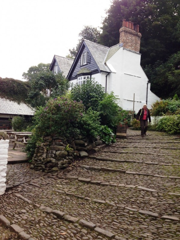 watch your step in clovelly...