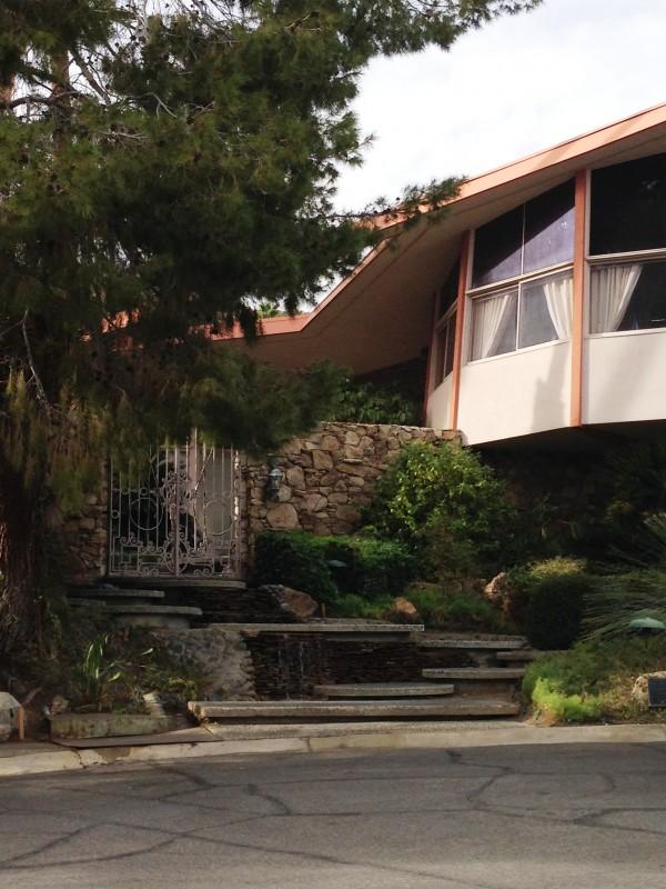 Elvis Pressley Honeymoon House
