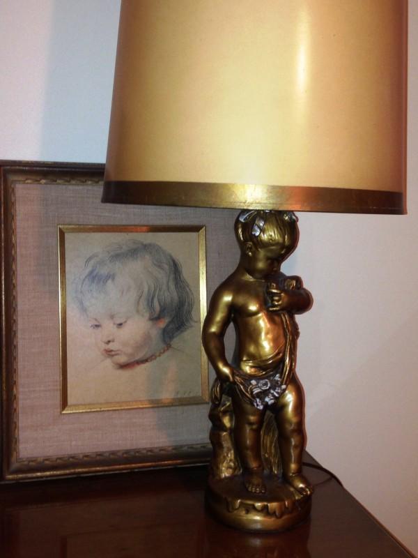 baby art and lamp