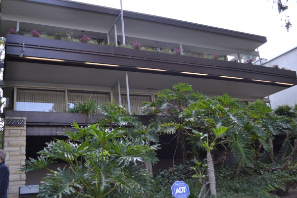 exterior of one of Neutra's houses in the colony