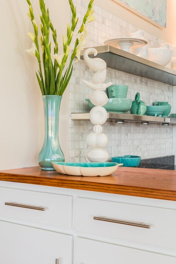 modern design, modern kitchen, floating stainless steel shelves
