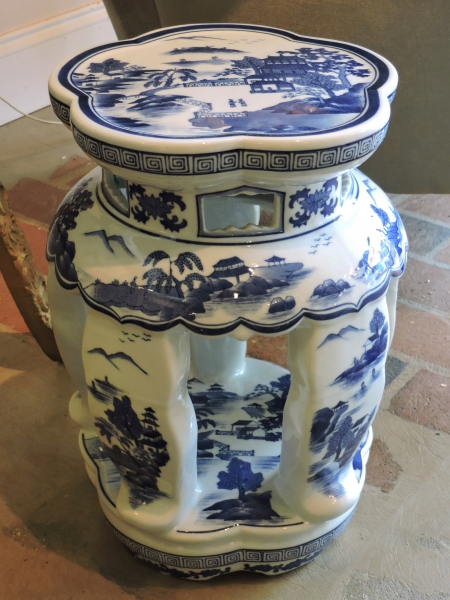 Asian Garden Stools Blue And White Stool With Images Of Dragons Porcelain