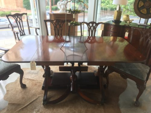 Drop Leaf Pedestal Dining Table Leaves Extra Leg Form Function - Dining table with 3 leaves