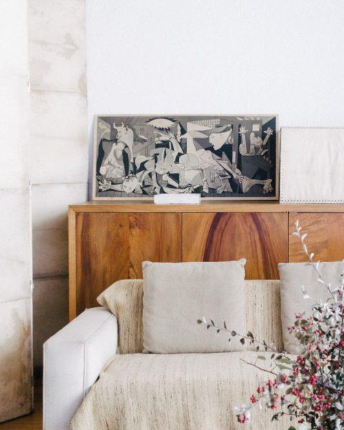 Lighter pillows white walls summer decorating ideas