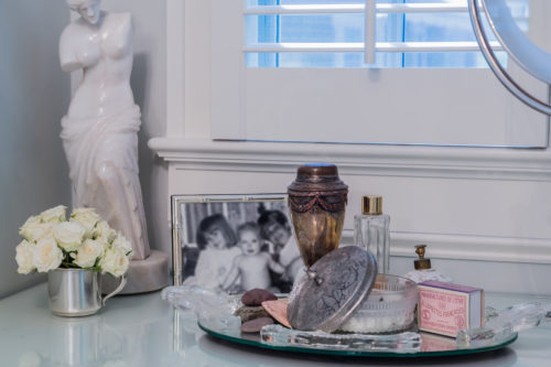 vanity dressing area vignette