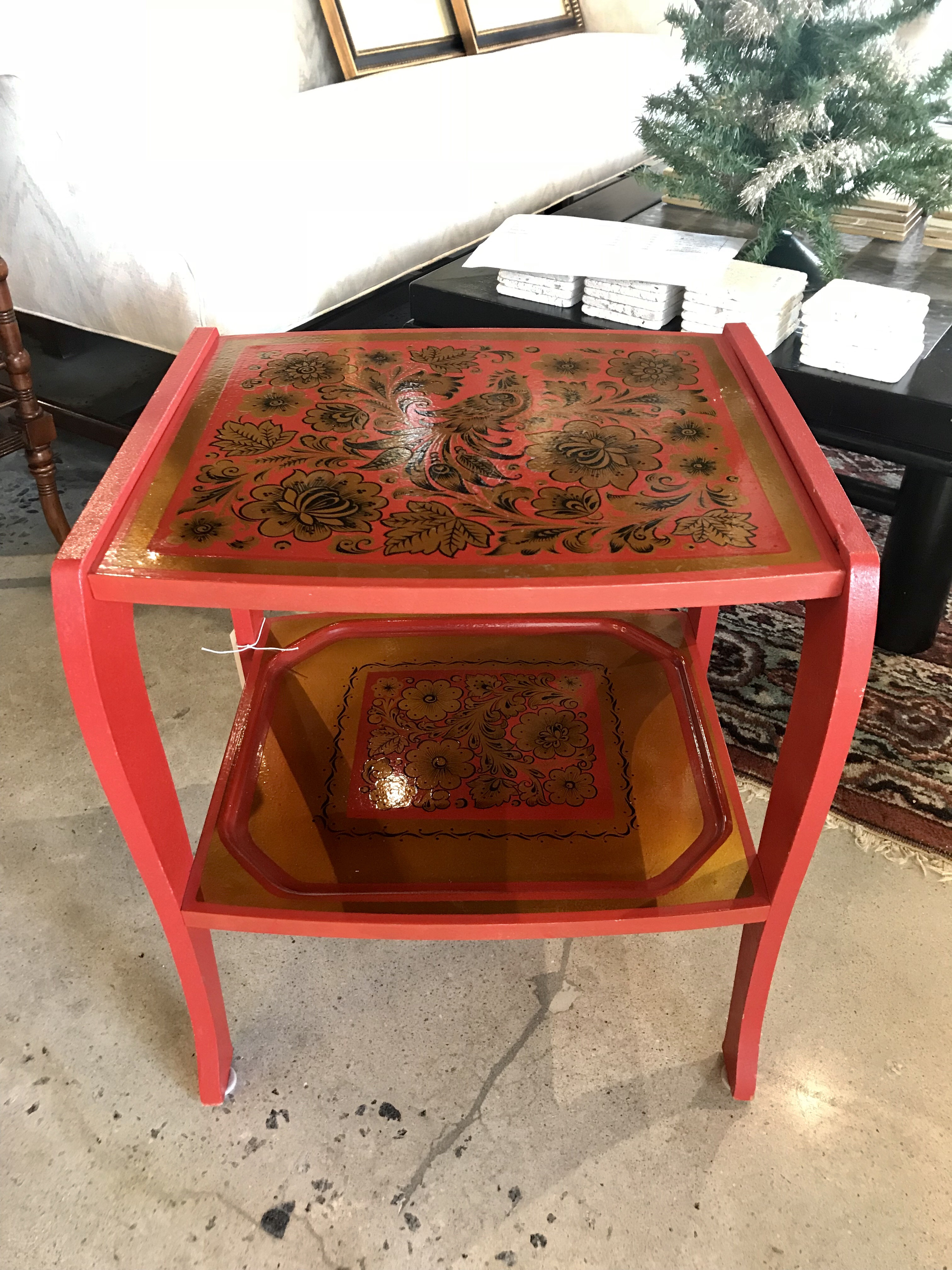 Russian Red Table