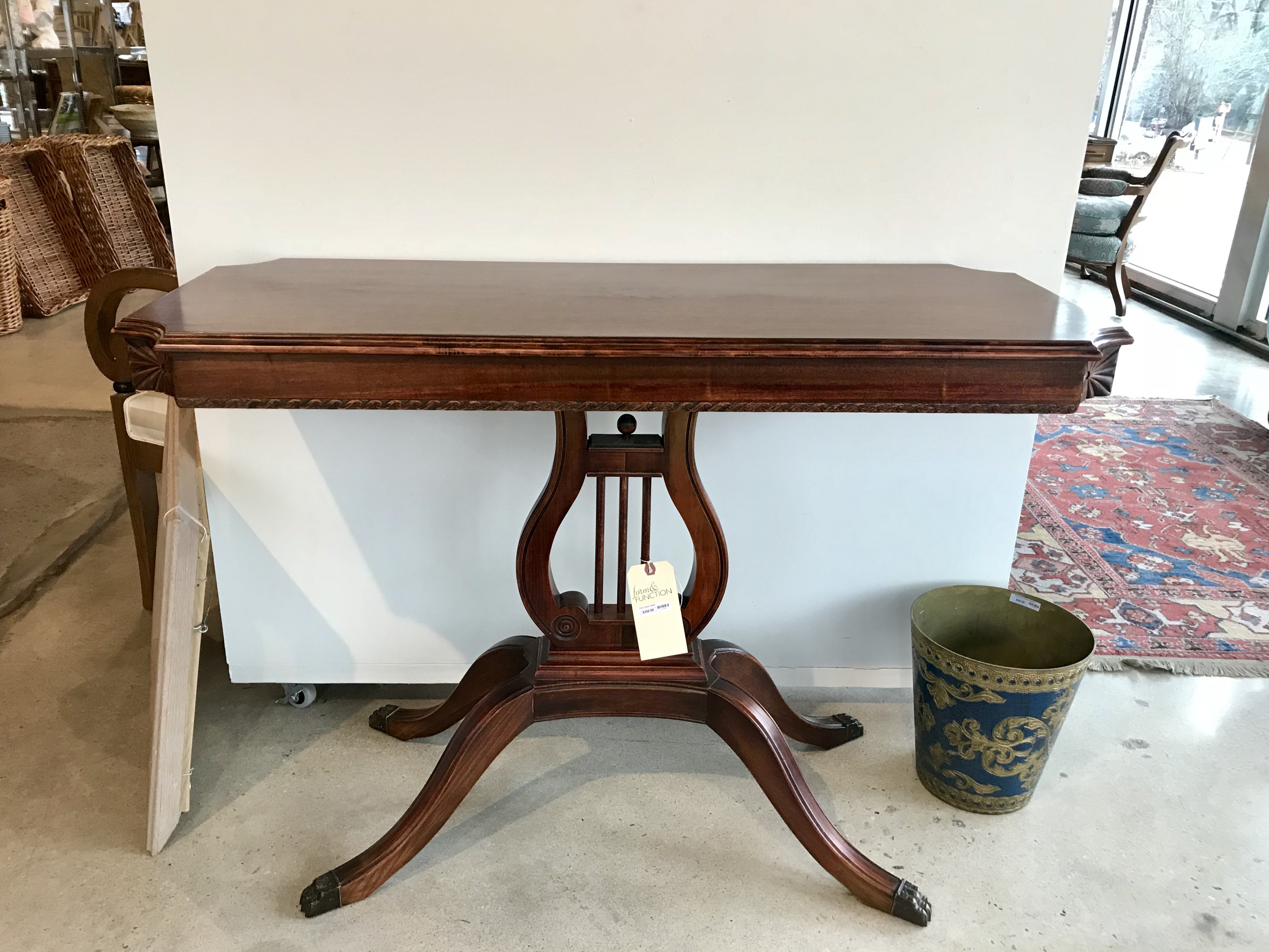 Harp Base Table