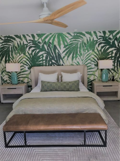 palm statement wallpaper master bedroom