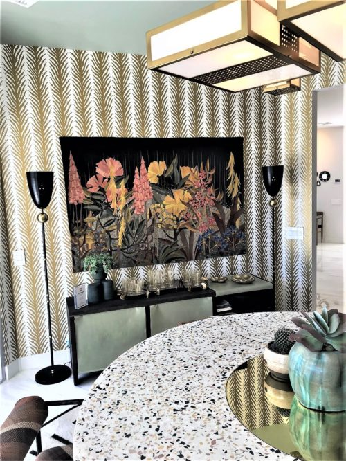 modern dining room graphic wallpaper