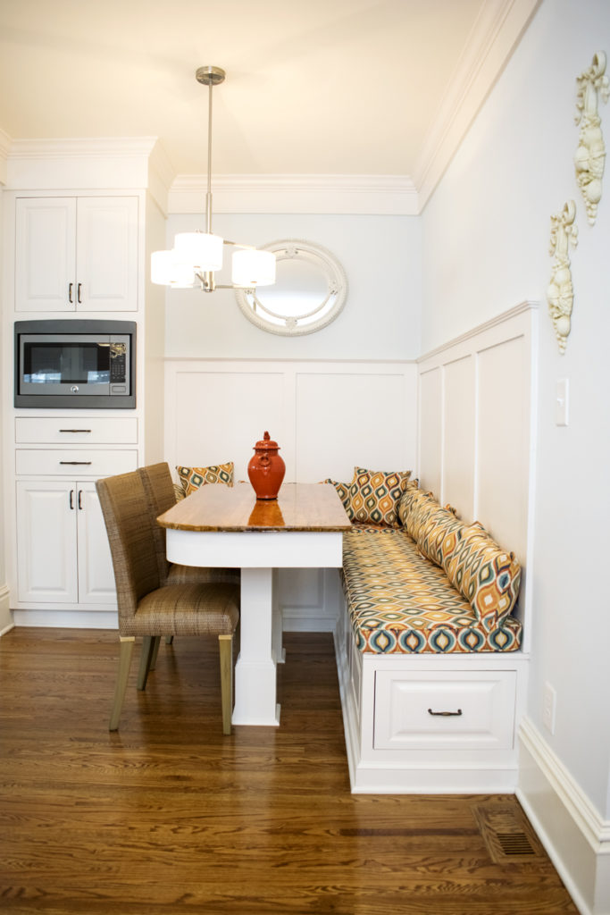 Built-in Banquette Seating Modern Pillows