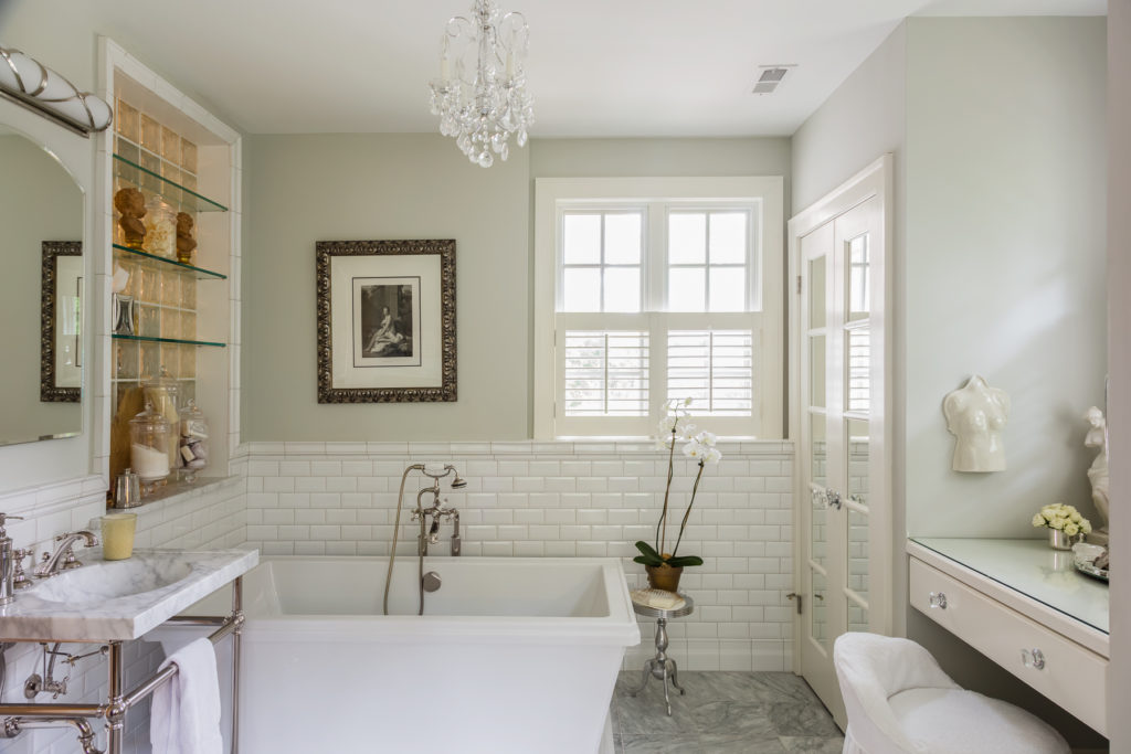 classic white and grey marble master bathroom