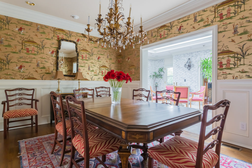 gold chinoiserie wallpaper dining room lighting ideas