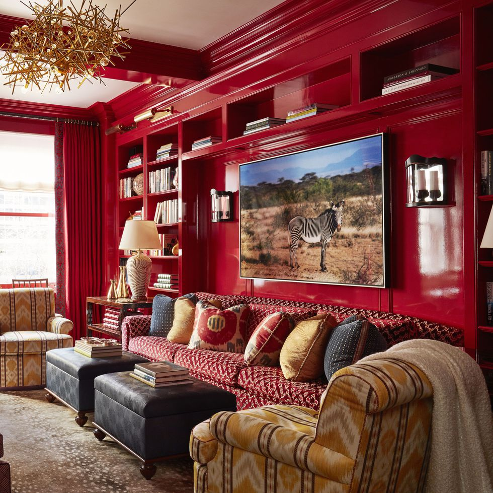 high gloss red lacquer walls