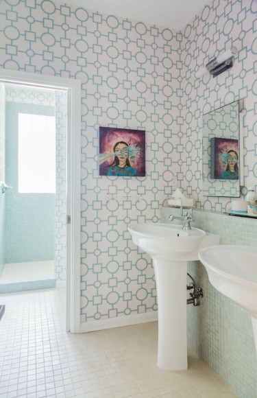 Bathroom Design With Blue Tile Geometric Wallpaper