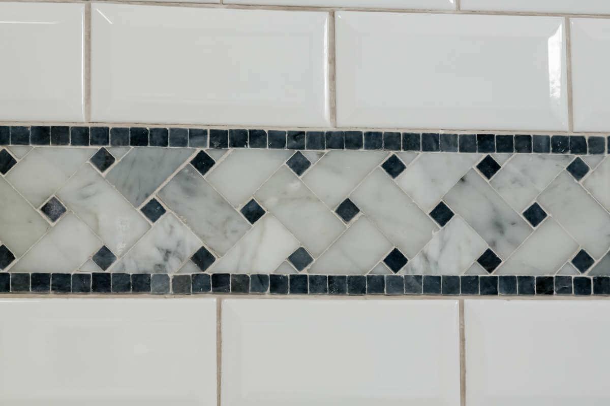 Master Bath Accent Tile And Beveled Subway Tile