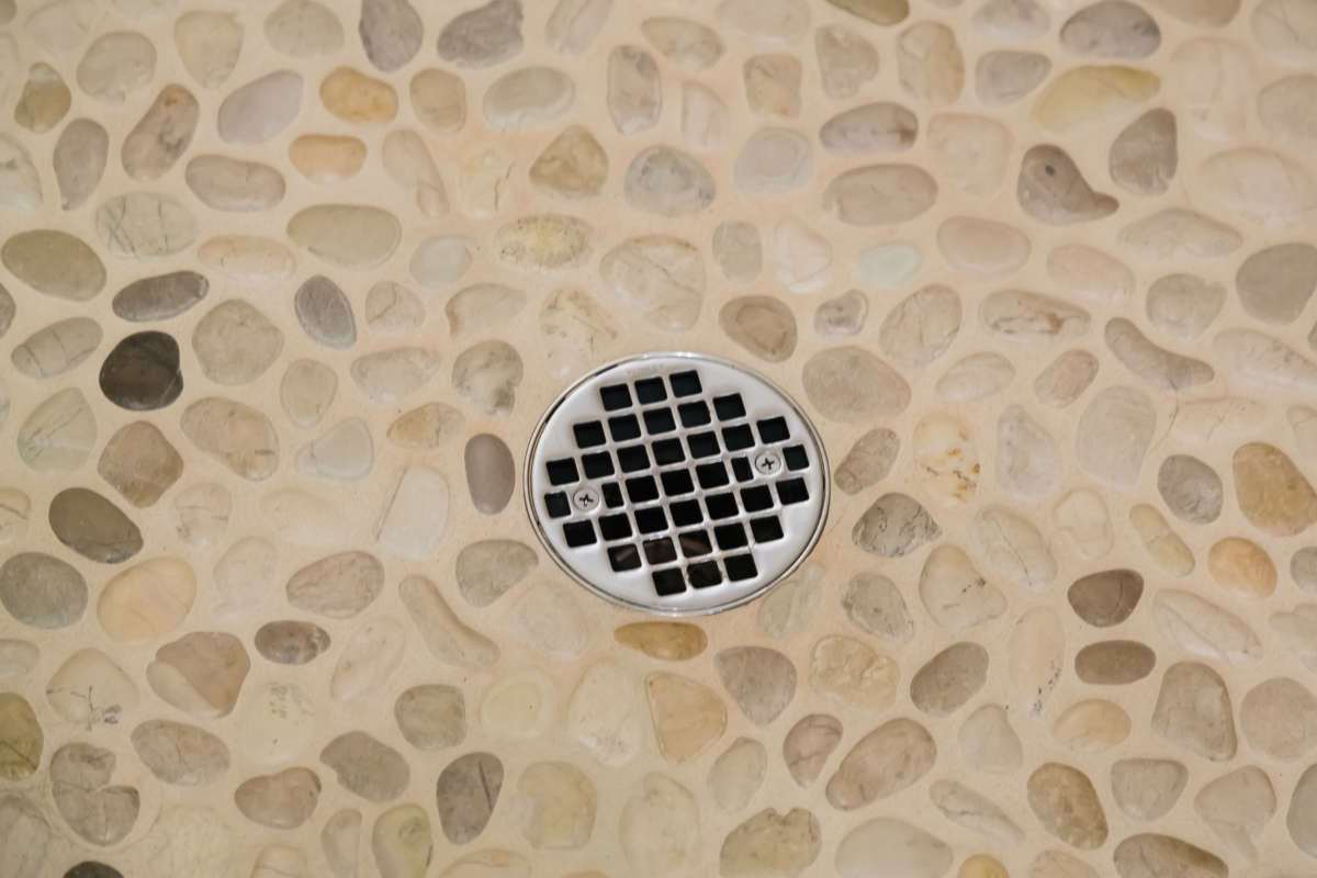 Pebble River Rock Shower Floor Tile
