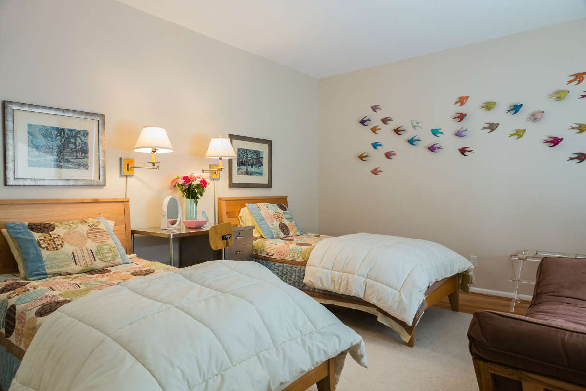 Twin Bedroom Design With Bird Wall Art Raleigh Nc