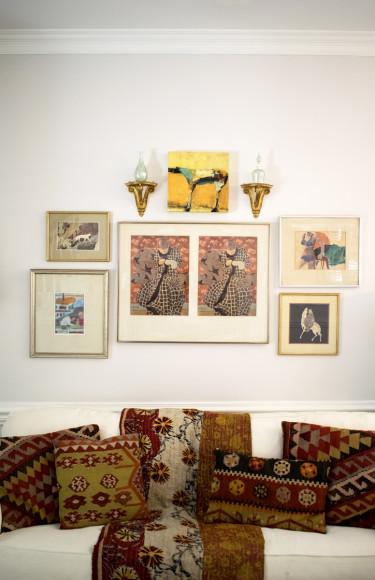 White Sofa Geometric Kilm Pillows Gallery Wall