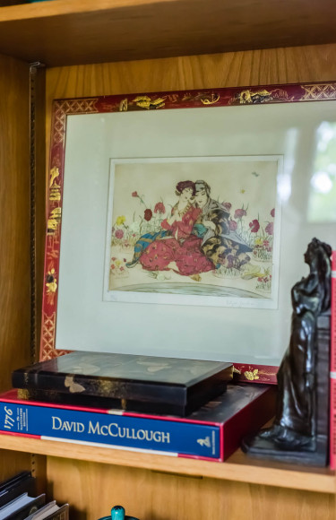 Bookshelf Styling 1