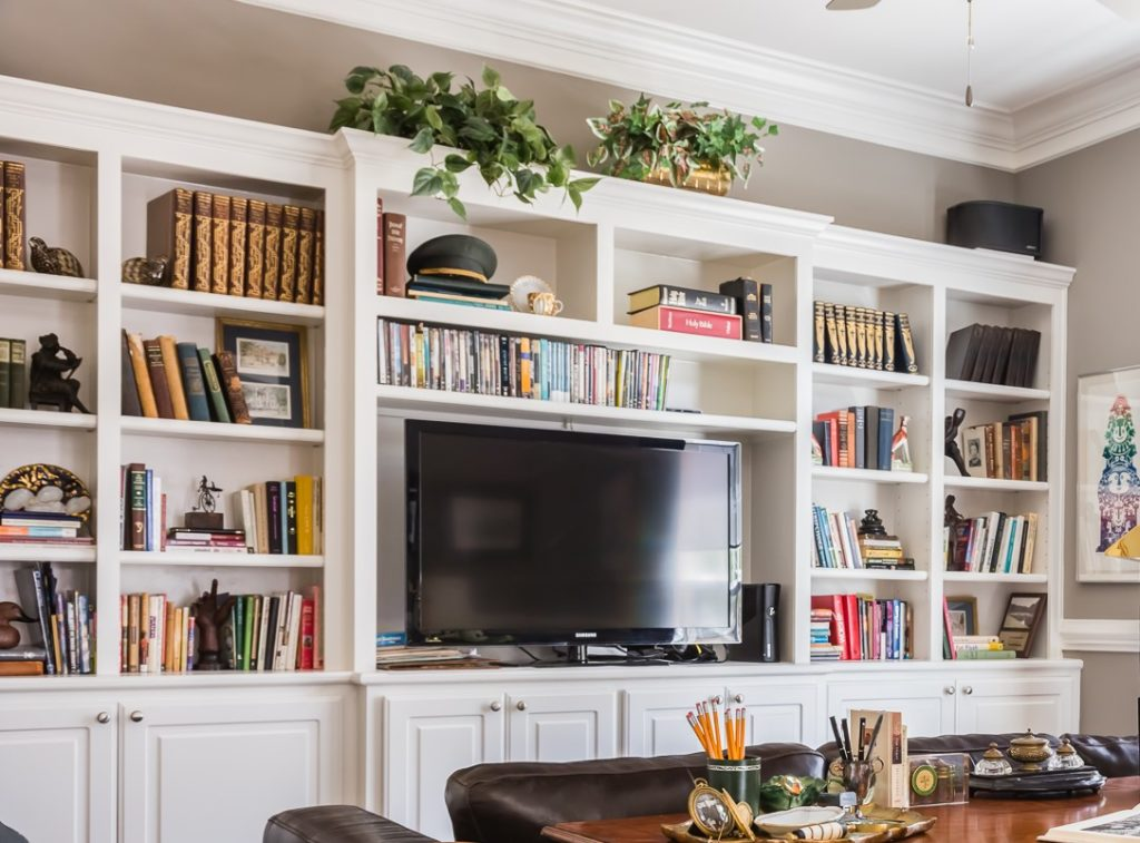 bookshelf styling tips home office