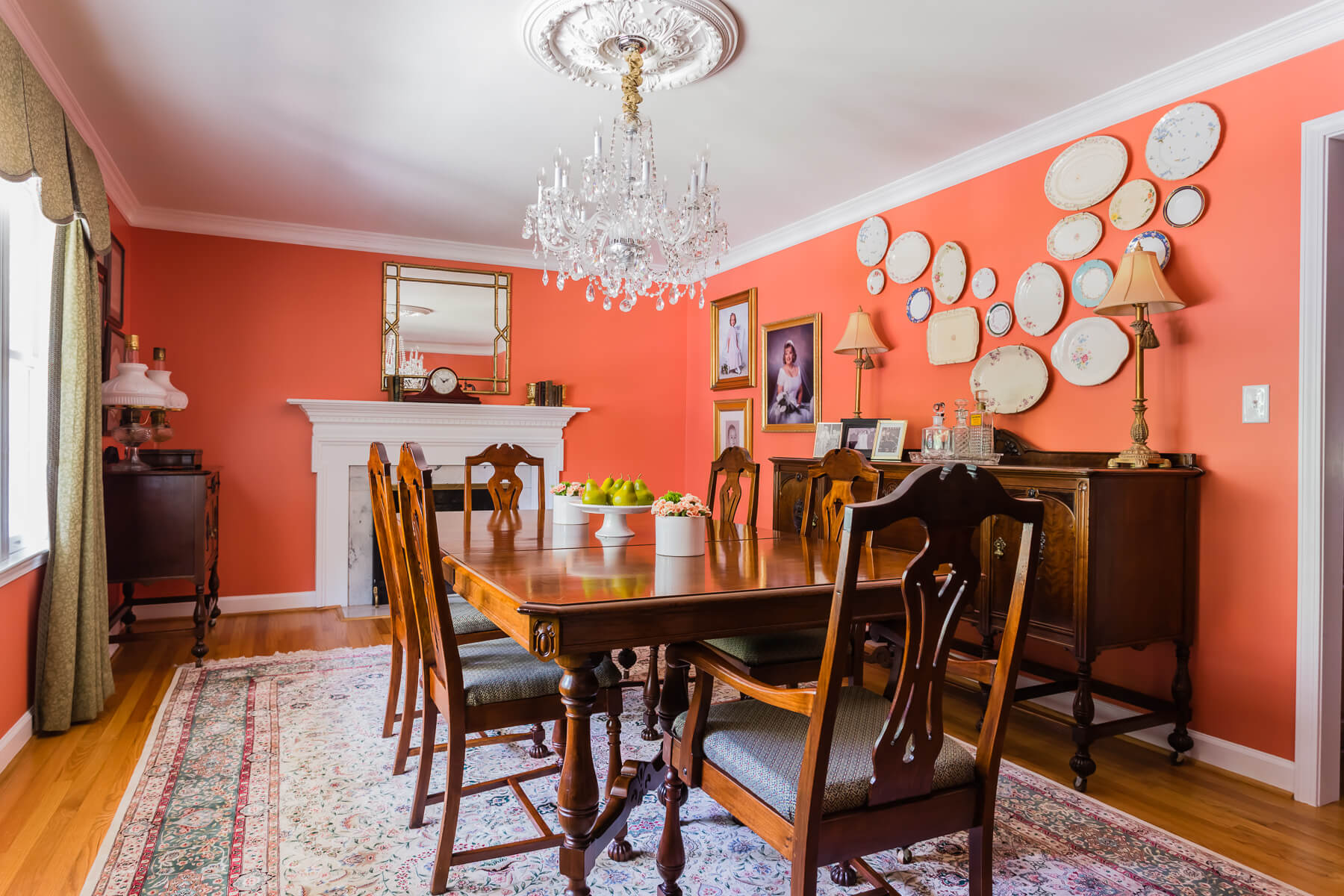 Coral Walls Dining Room Family Plate Collection