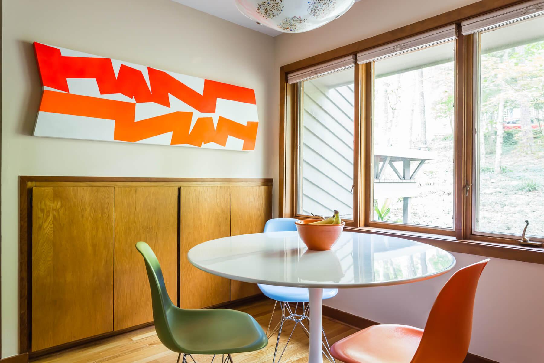 Mid Century Modern Art Kitchen Eating Area Design