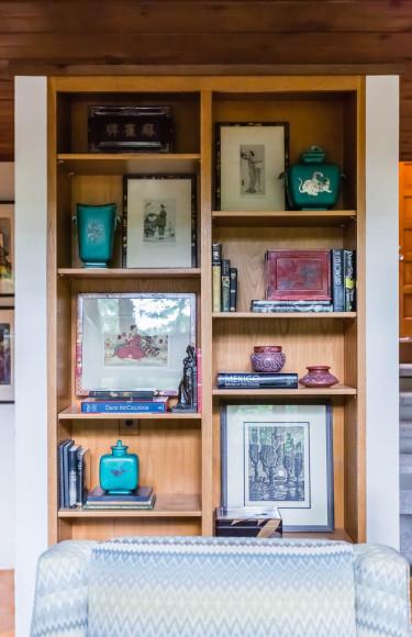 Mid Century Modern Built In Bookshelf