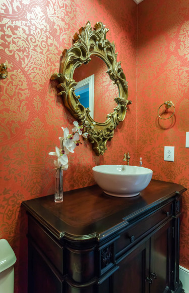 Red Gold Damask Wallpaper