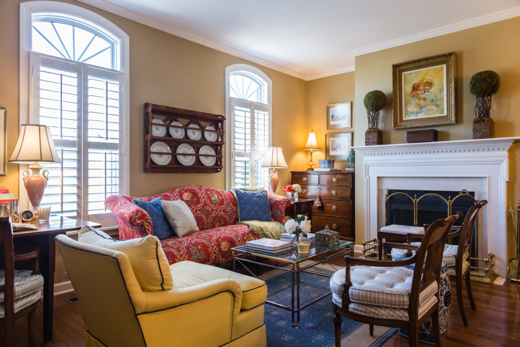 traditional living room design pairs and symmetry styling tips