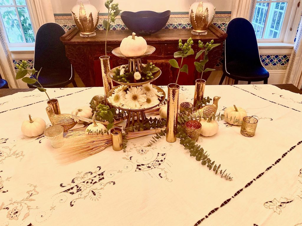 Natural Thanksgiving Fall Holiday Table Decor Centerpiece 1