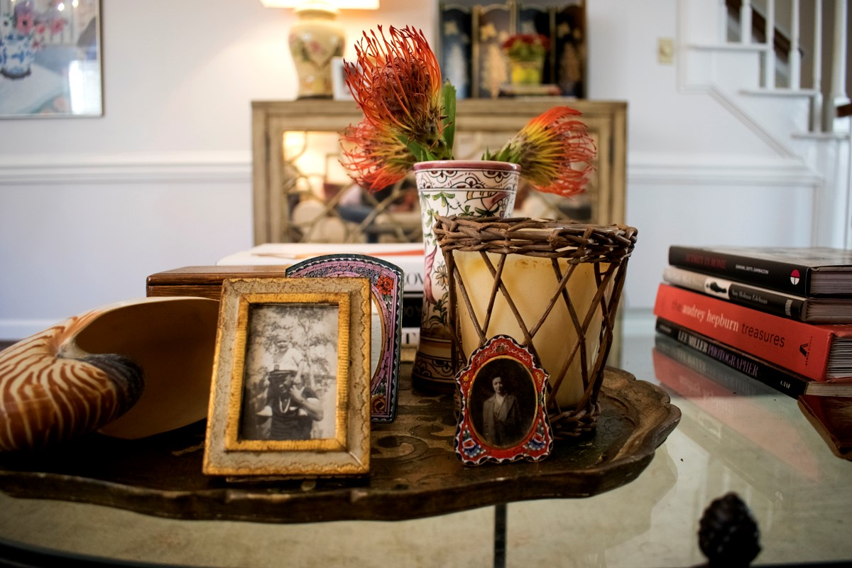 Coffee Table Styling Photos Candle Flowers