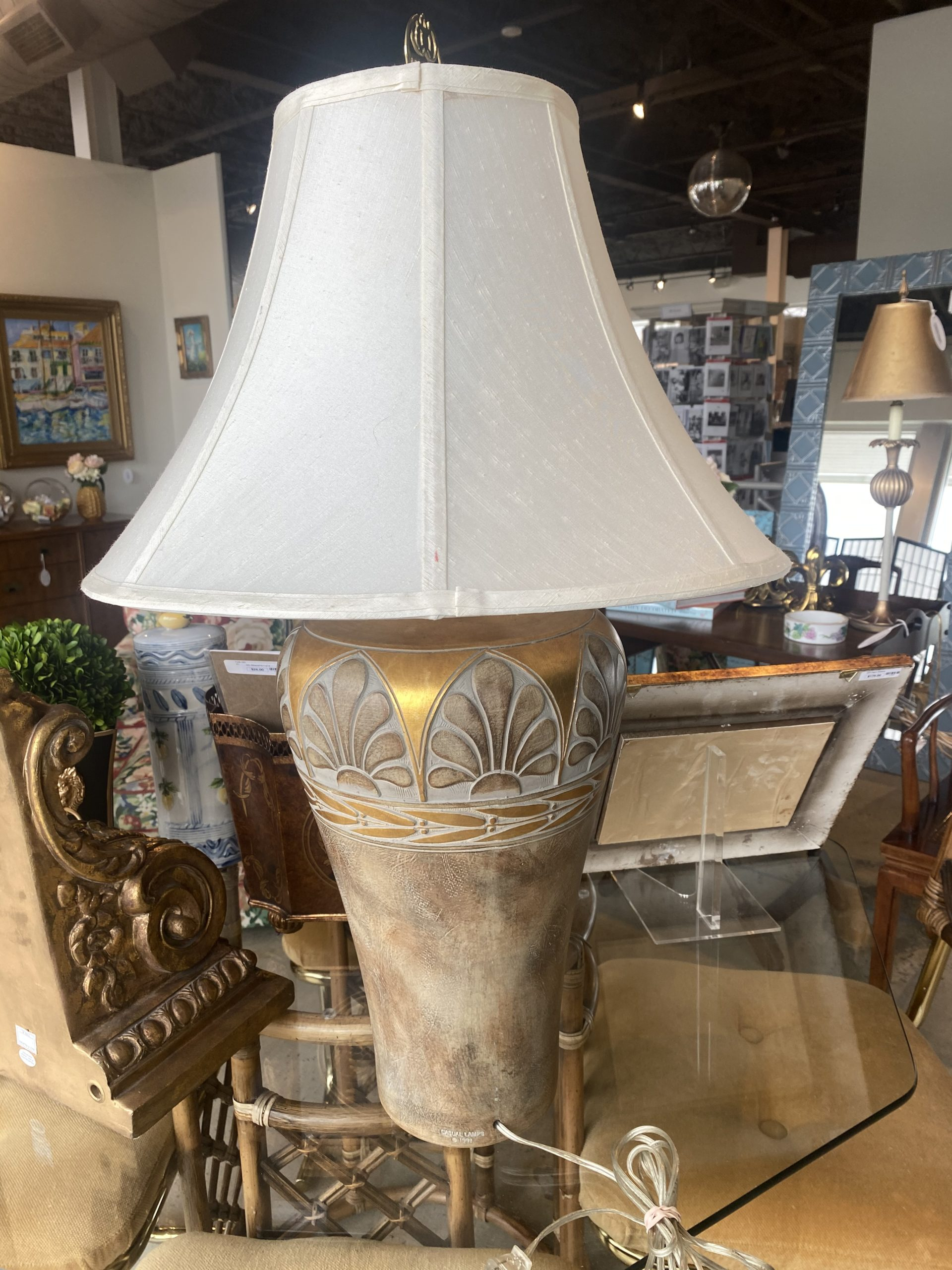 Sr Gold Lamp By Casual