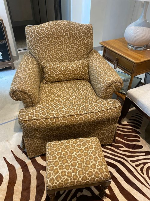 Al Cheetah Upholstered Club Chair With Foot Stool