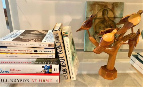 Bookshelf Styling With Art