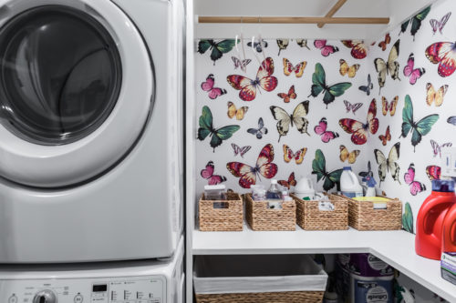 Happy Fun Laundry Butterfly Wallpaper