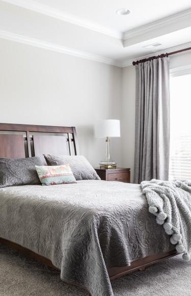 Modern Wood Master Bedroom Furniture Suite